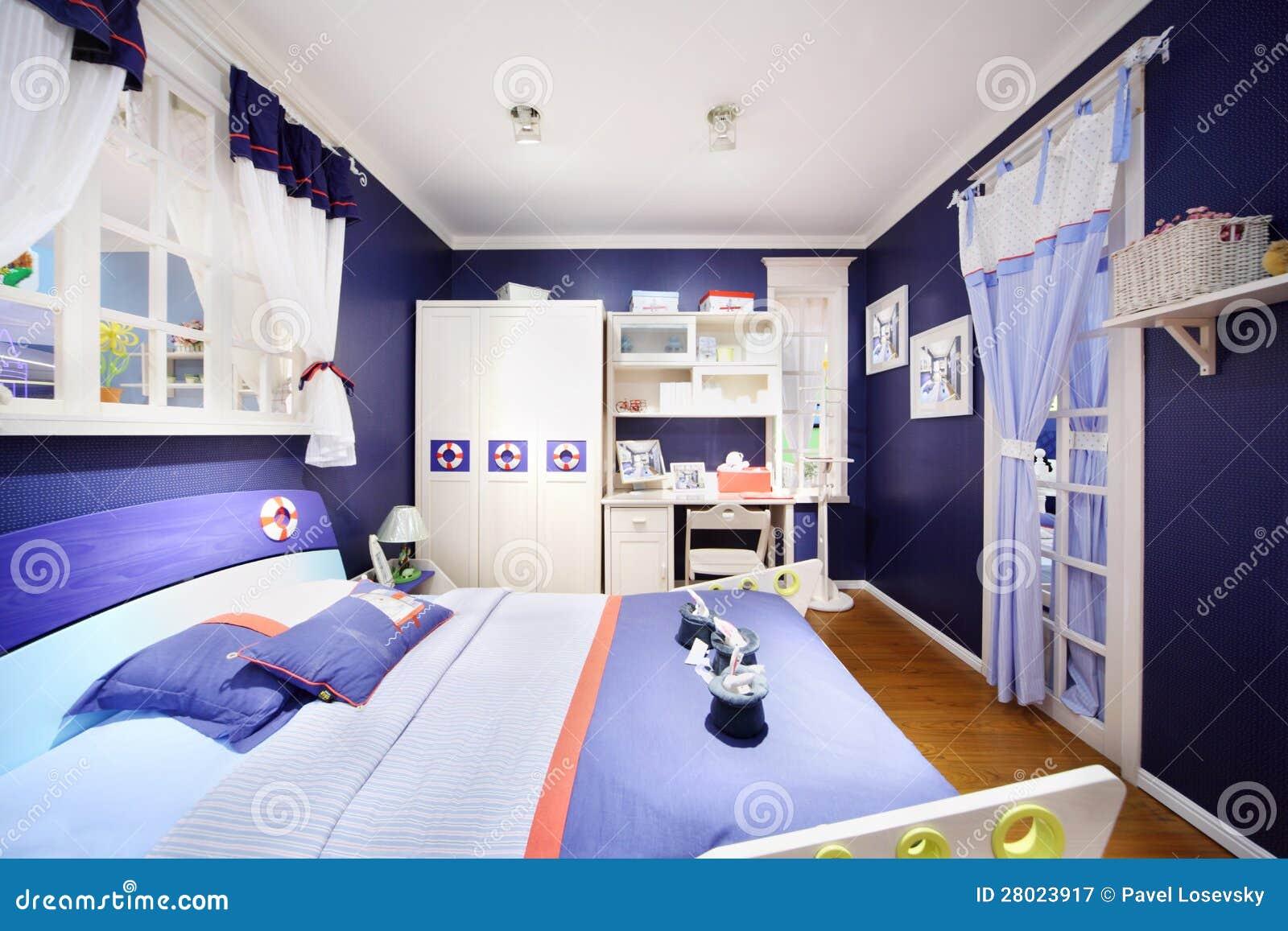 Stilvolles blaues schlafzimmer f r jungen stockbild bild von blume bequem 28023917 - Jungen schlafzimmer ...