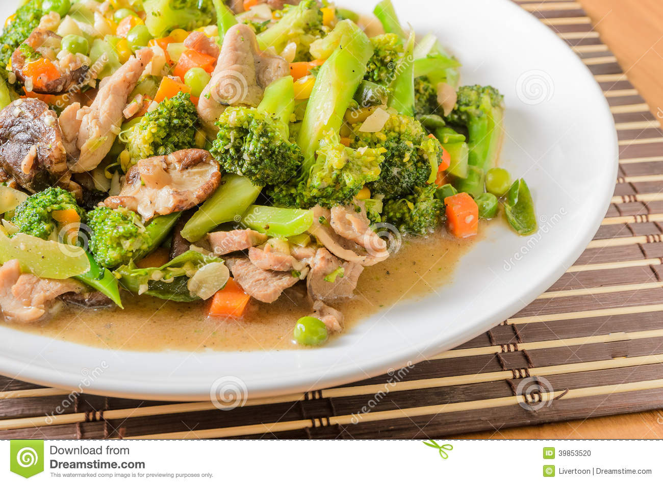 Stir fried Broccoli ,Carrot, Sweet corn, Green Bean and Onion with ...
