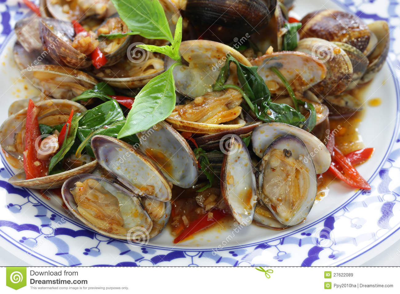 Stir fried clams with roasted chili paste and thai sweet basil, thai ...