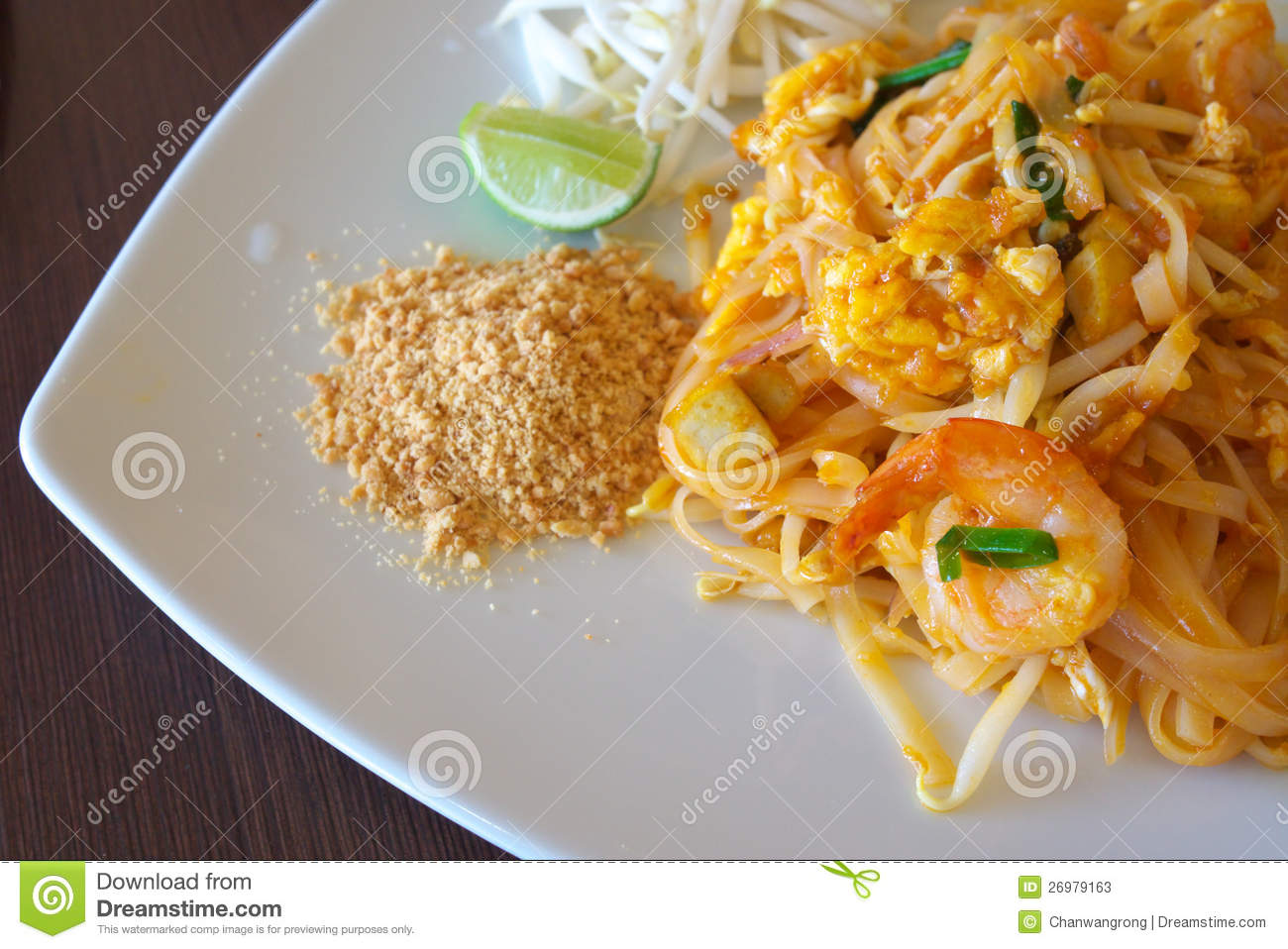 Stir-fried Rice Noodle With Shrimp Stock Photos - Image: 26979163