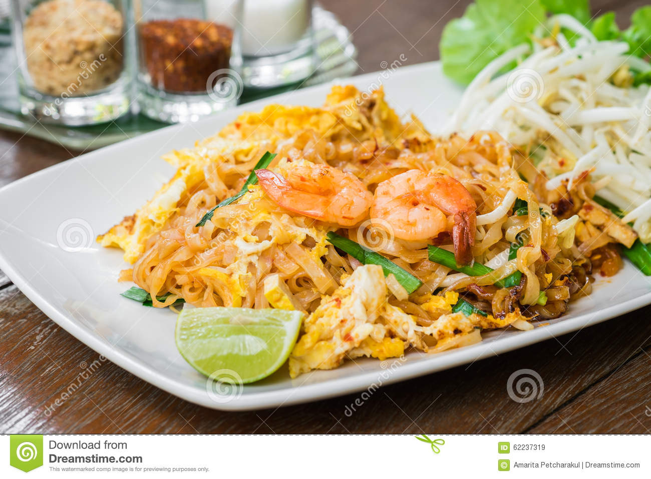 Stir Fried Rice Noodles With Shrimp (Pad Thai), Thai Food Stock Photo ...