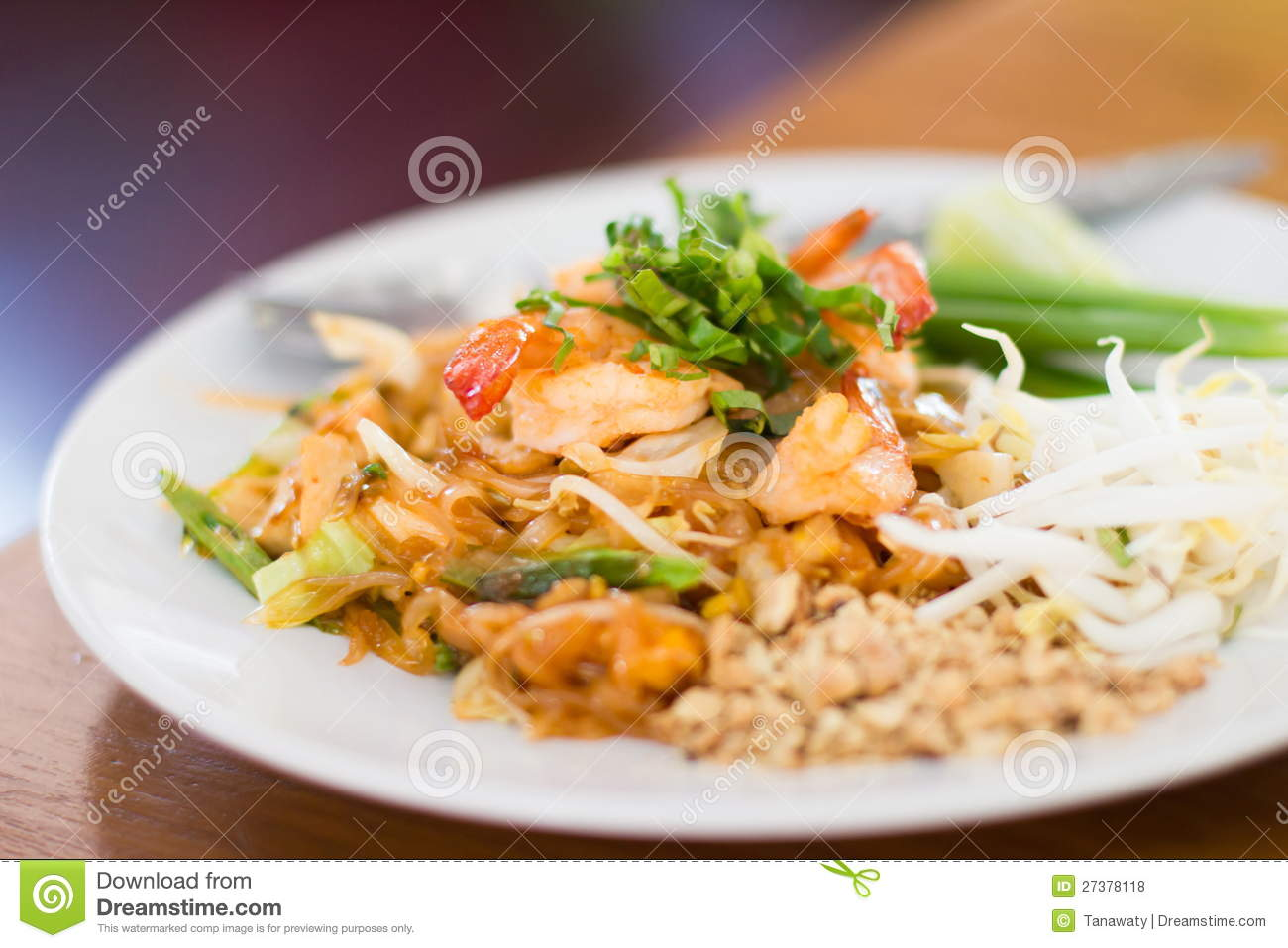 Stir Fry Rice Noodles And Shrimp Royalty Free Stock Photos - Image ...