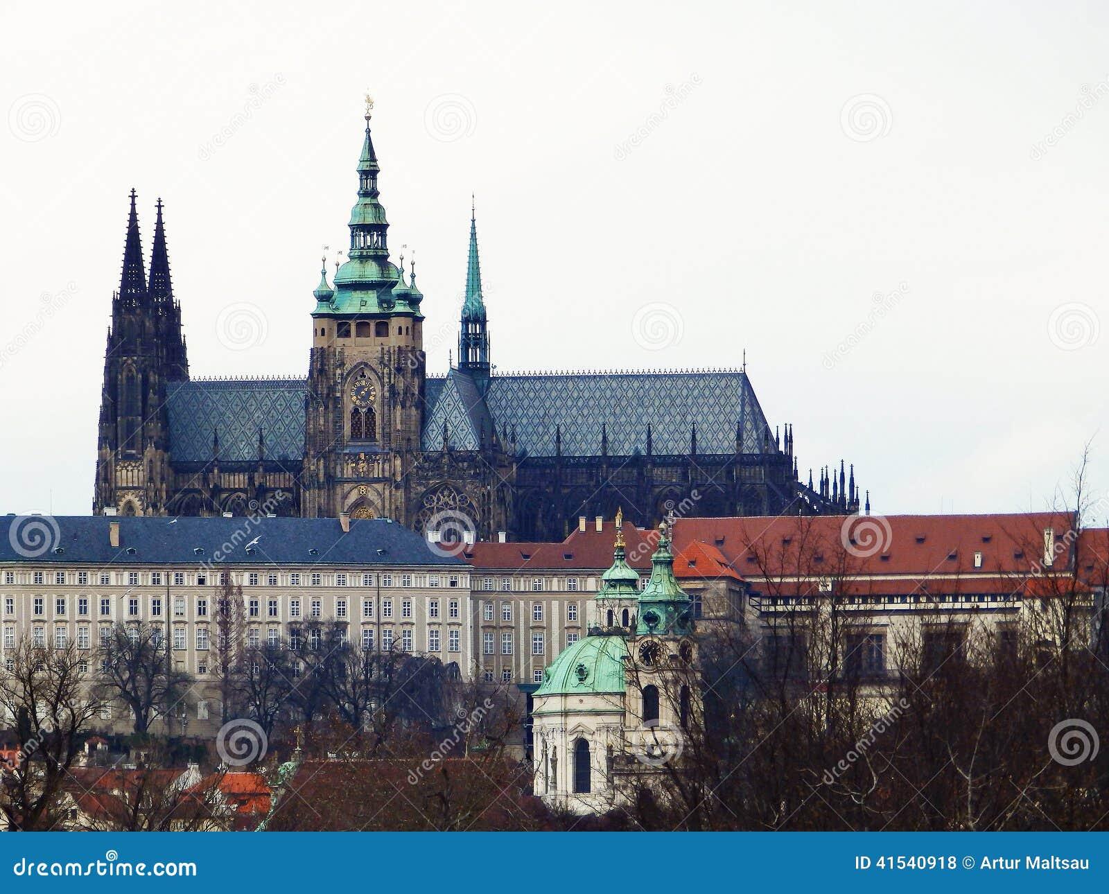 Stirrande Mesto, St Vitus Cathedral Prague tjeckisk republik