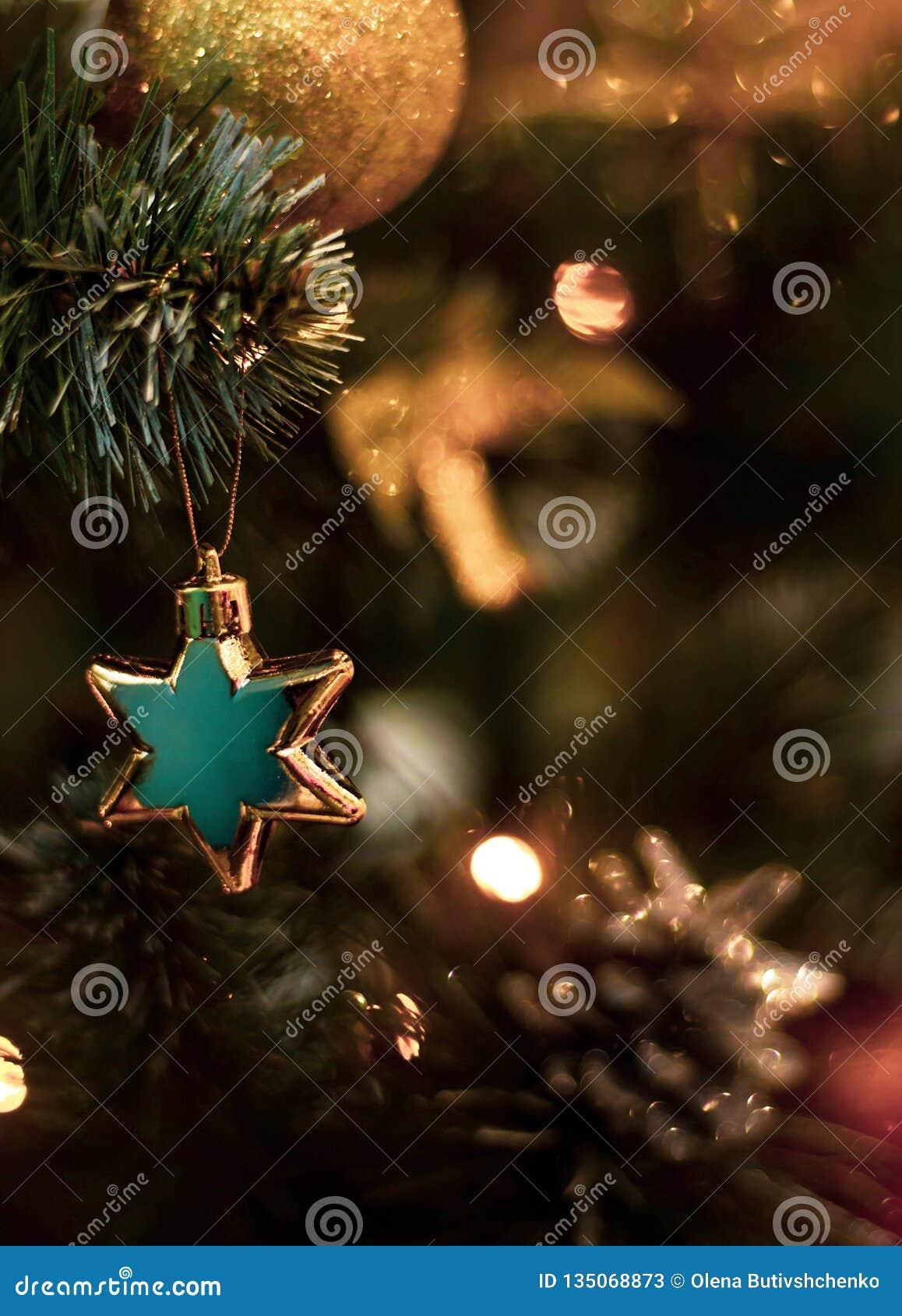 Stjärna på julgranen extra ferie för kortformat white för juldekorisolering placera text