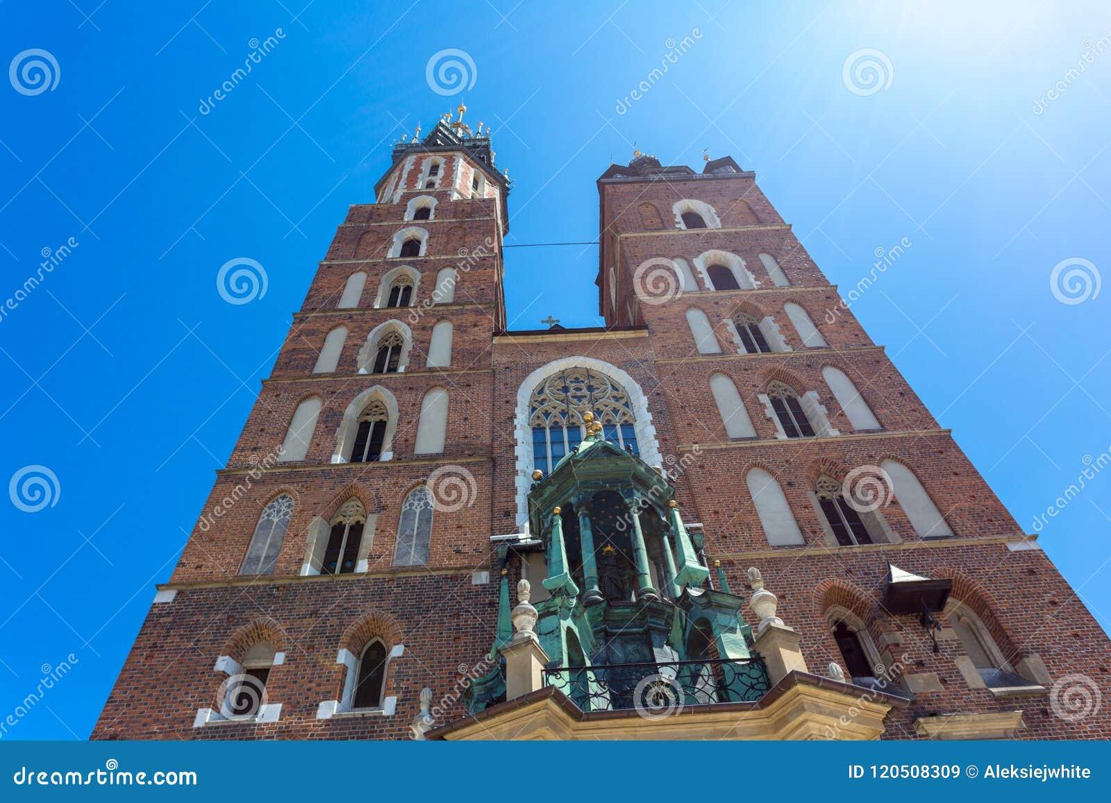 StMary-Basilika im Hauptmarktplatz in Krakau, Polen Gotische Art Mariacki-Kirche