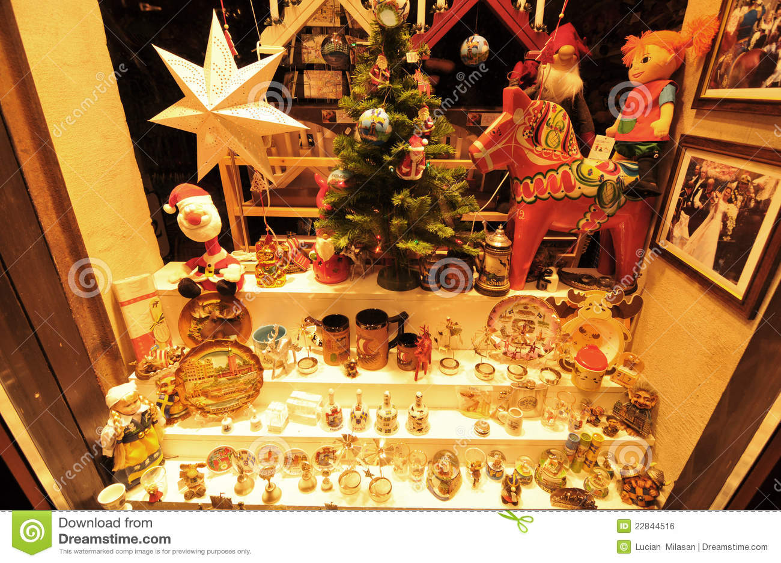 ... 12 Dec, 2011: Souvenirs window shop in central Stockholm at Christmas
