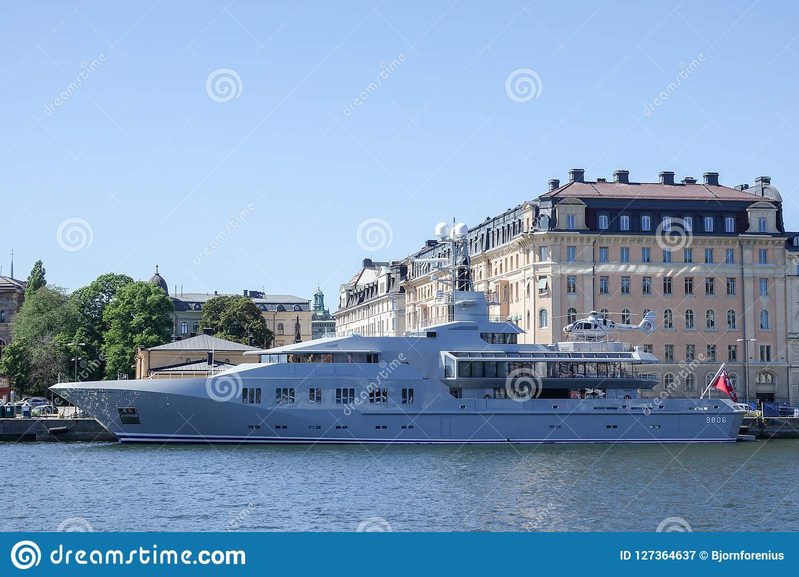Private Luxury Yacht With Helicopter Deck. Editorial ...