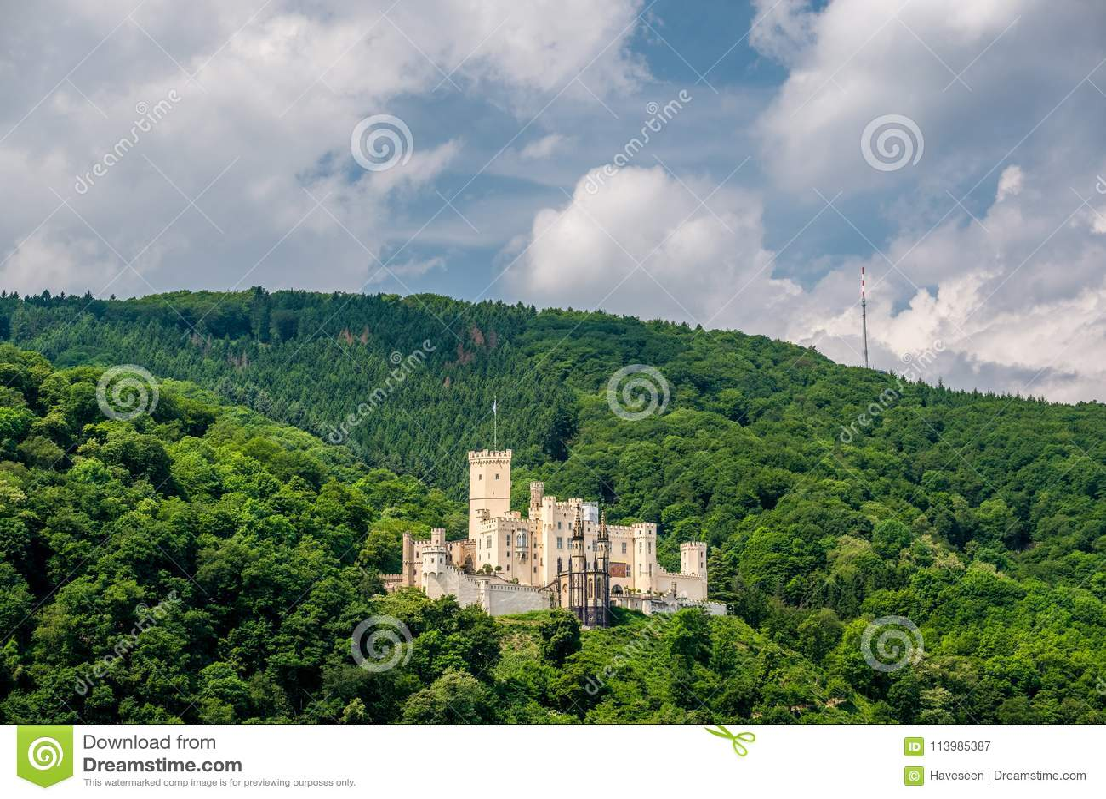 Stolzenfels kasztel przy Rhine doliną blisko Koblenz, Niemcy