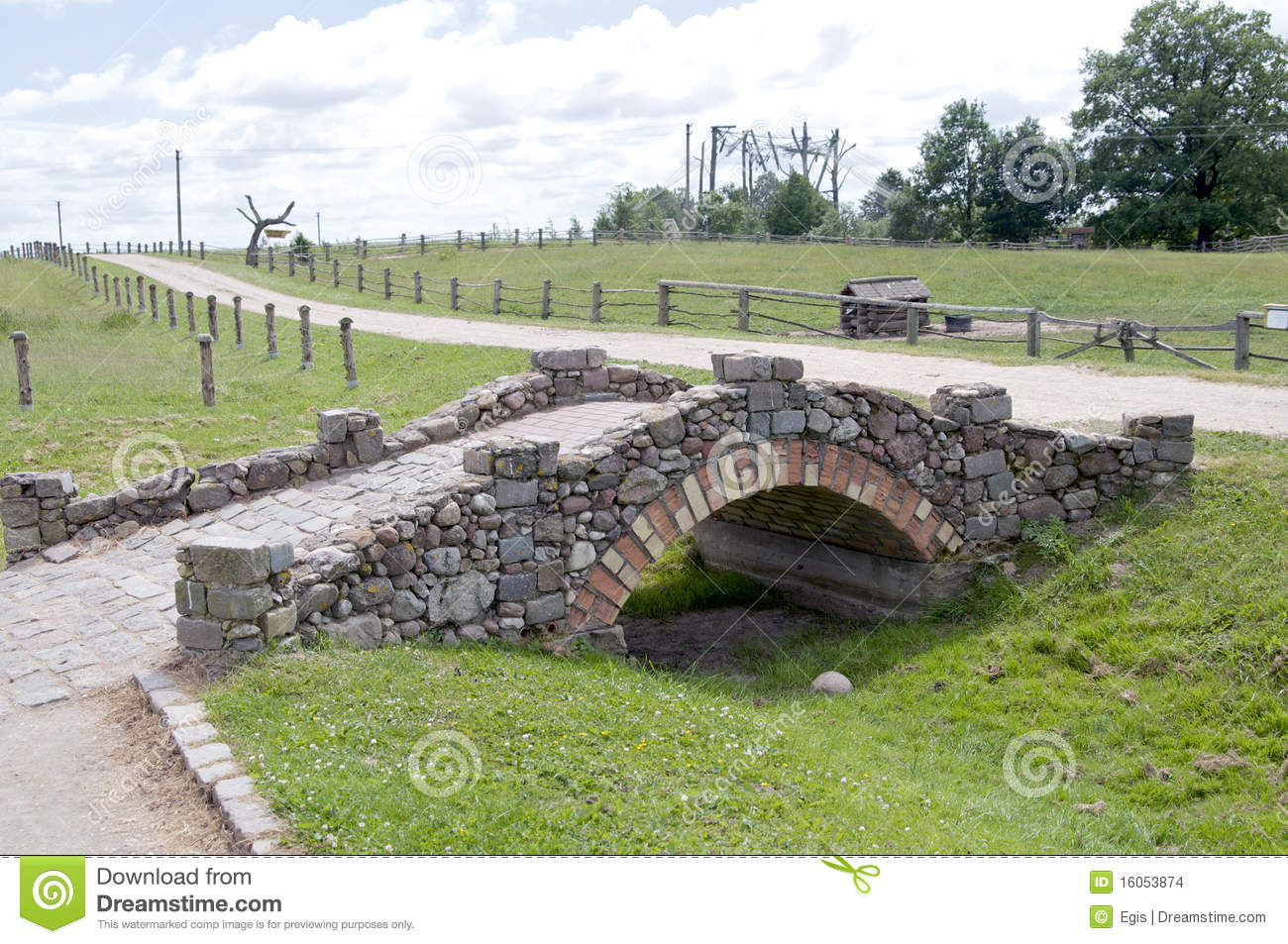 Stone Bridge Stock Images - Image: 16053874