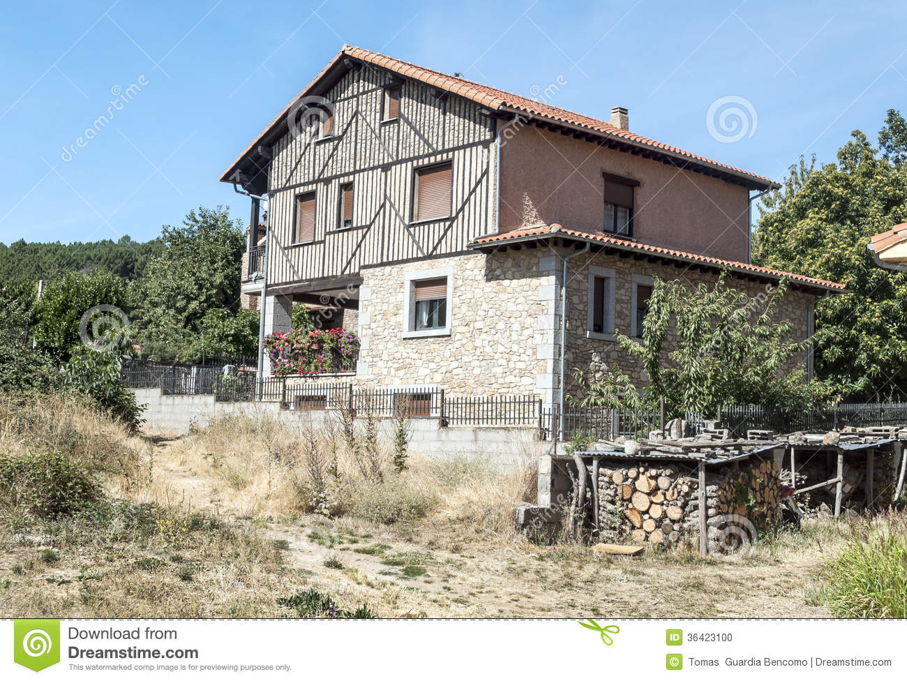 Stone cottage located in the Spanish province of Salamanca, is ...