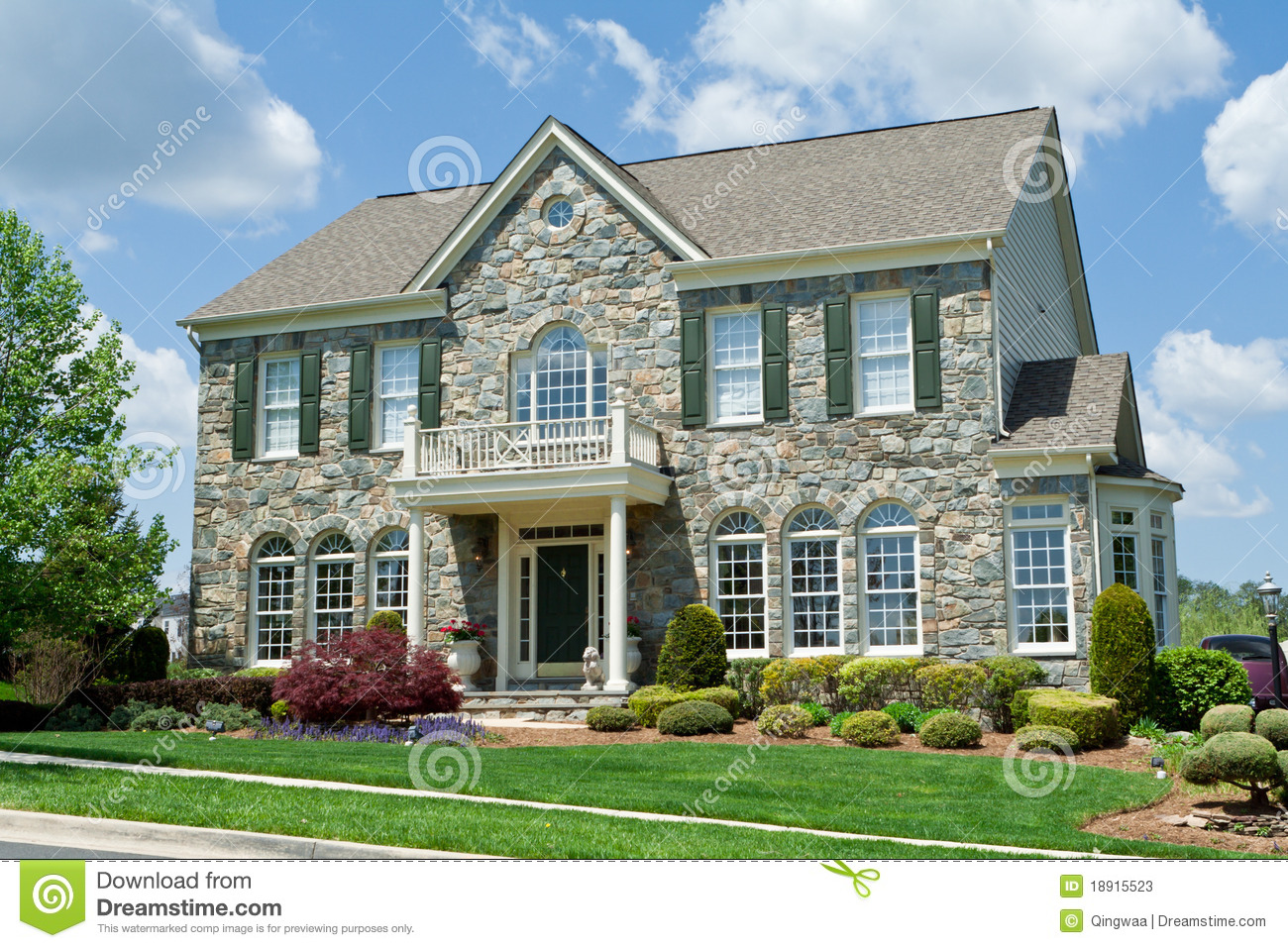 Center Hall Colonial House Plans Stone Faced Single Family House Home Suburban Md Stock