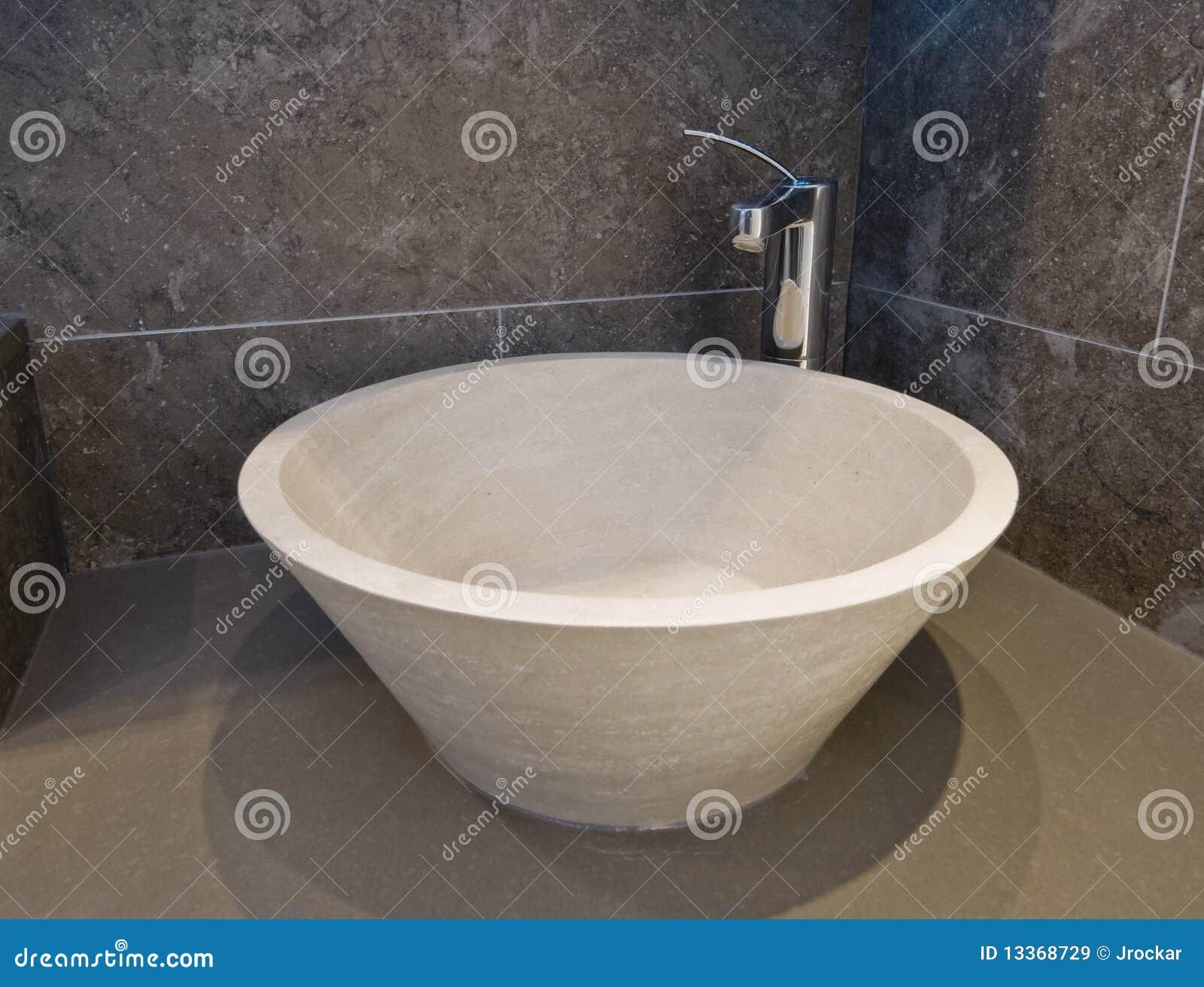 Stone Wash Basin : Stone Hand Wash Basin Royalty Free Stock Images - Image: 13368729