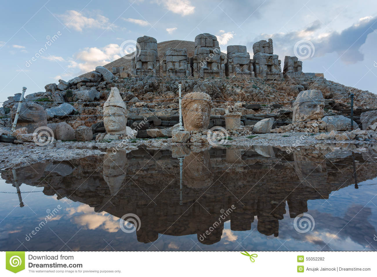 Stone Head Statues At Nemrut Mountain In Turkey Stock ...