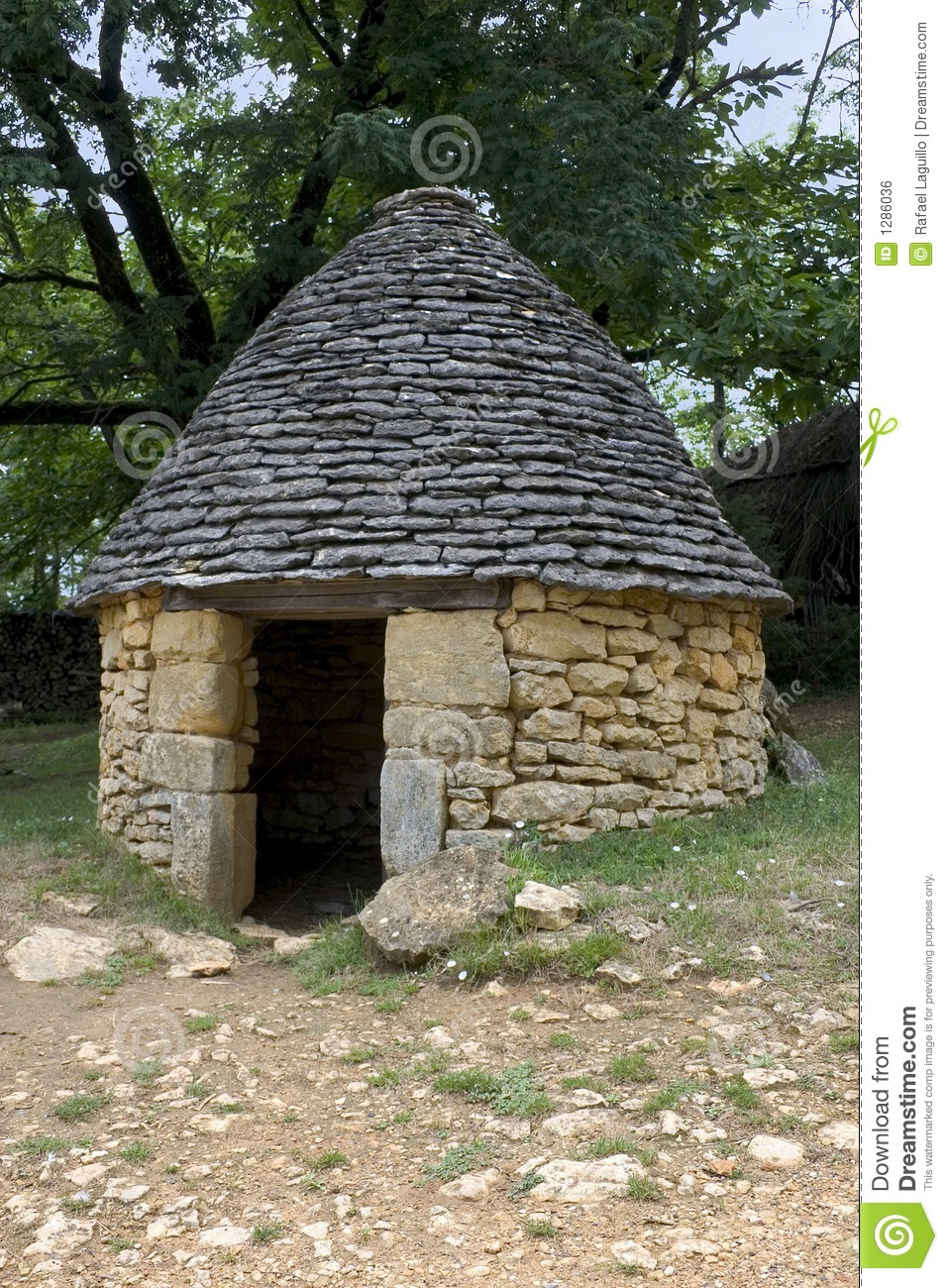 Stone Hut In Breuil France Royalty Free Stock Image