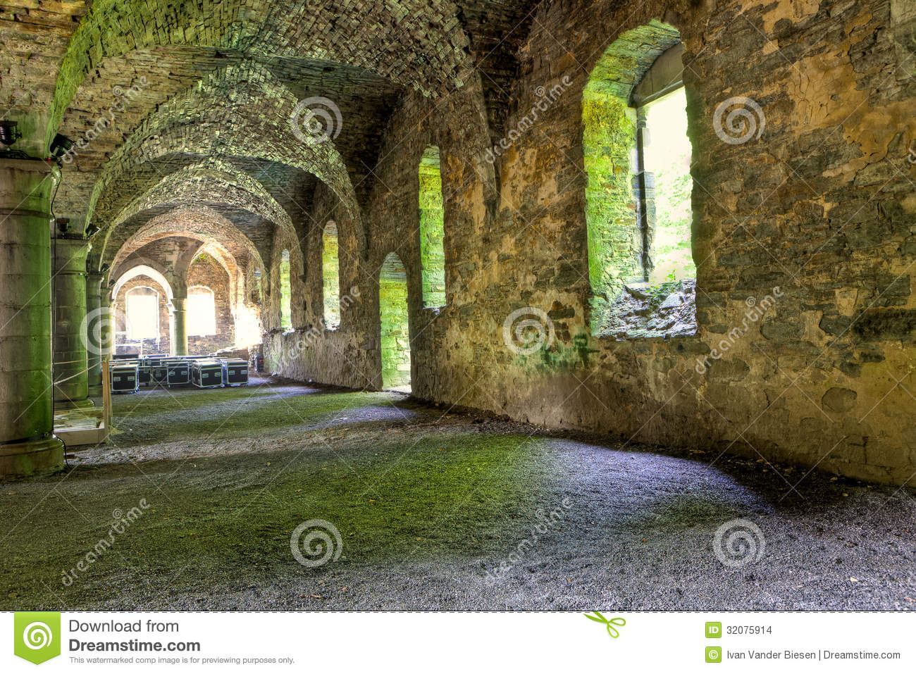 Stone Vaults Of A Medieval Building Stock Images Image 32075914