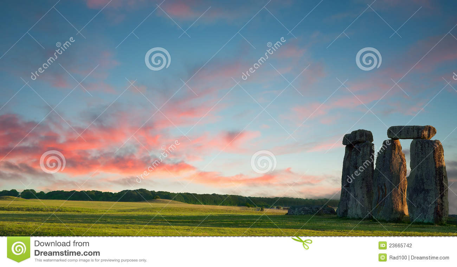 Stonehenge against a purple blue sky