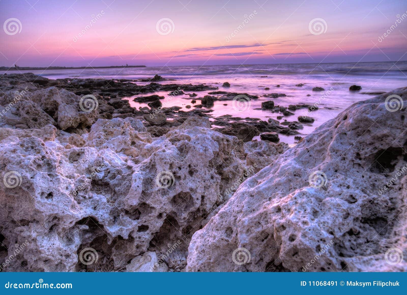 on stones ocean - photo #6