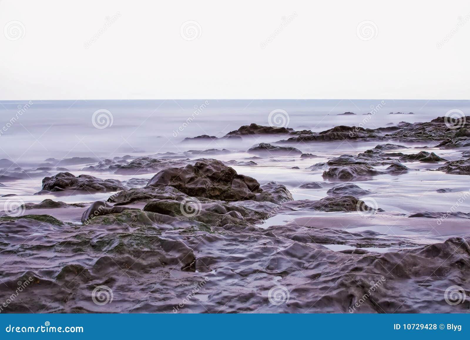 on stones ocean - photo #26