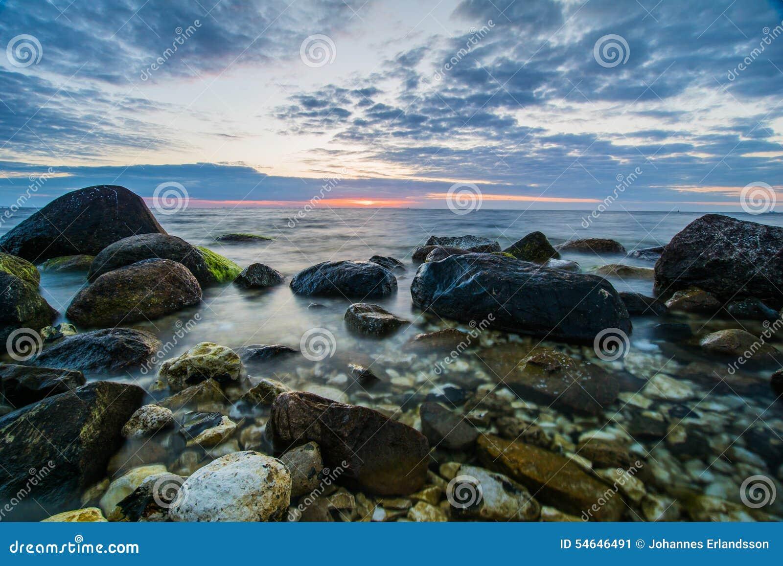 on stones ocean - photo #10