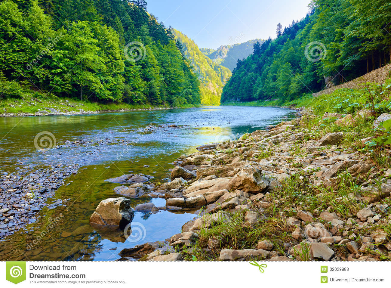Stones and rocks in the morning in The Dunajec Riv