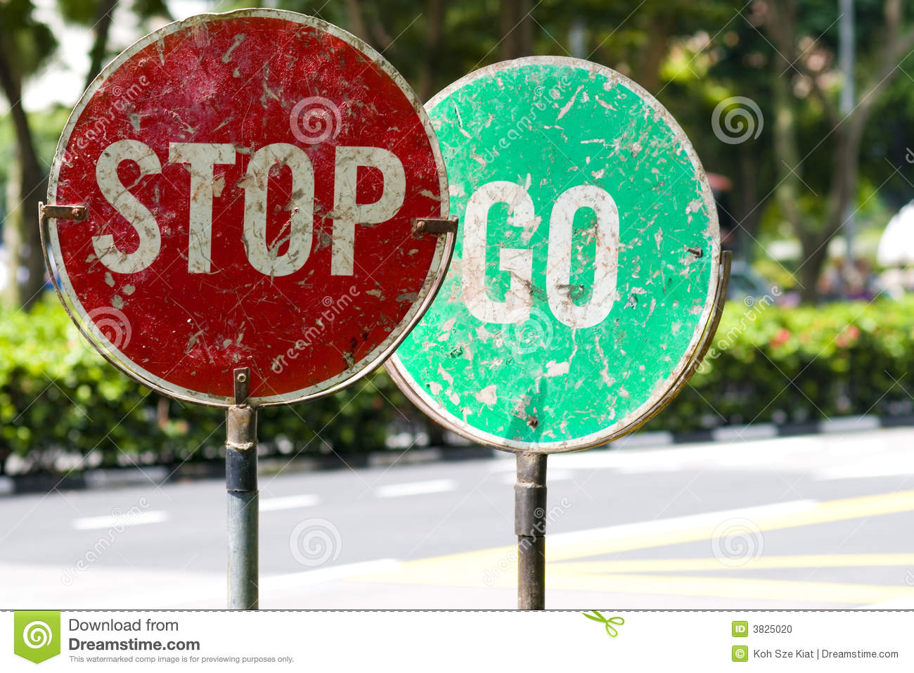 Stop and go traffic road signs