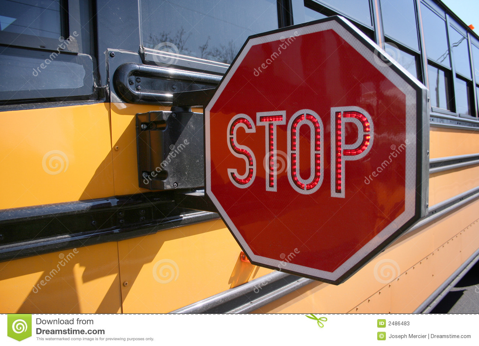 Stoppen Sie für Schoolbus