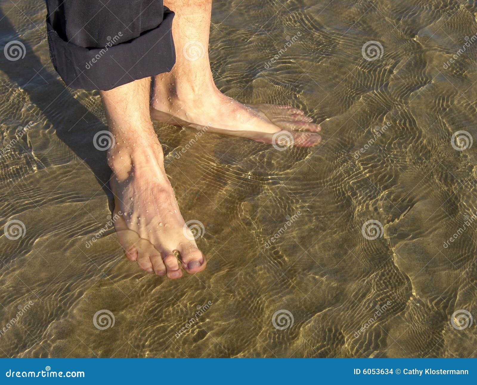 Stopy nagie piasku
