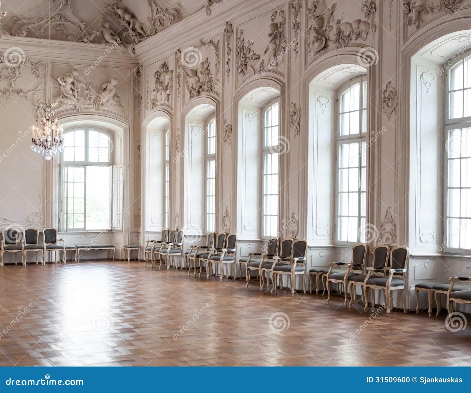 Stor korridor i den Rundale slotten