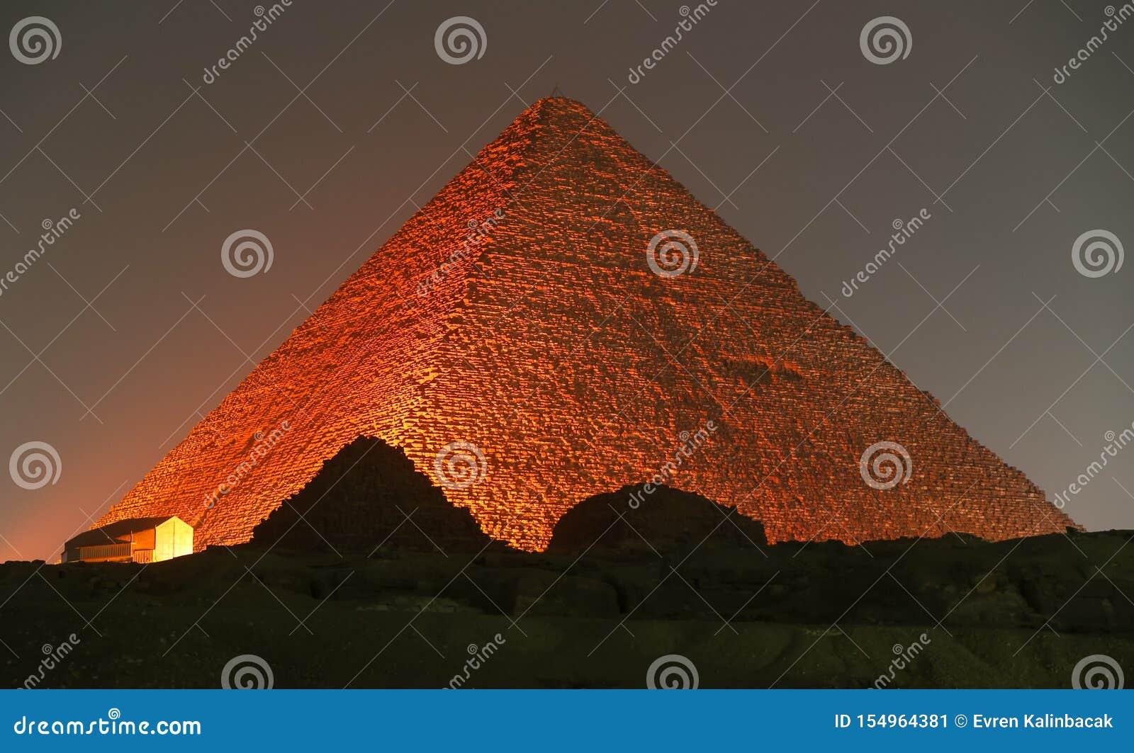 Stor pyramid av Giza i Kairo, Egypten