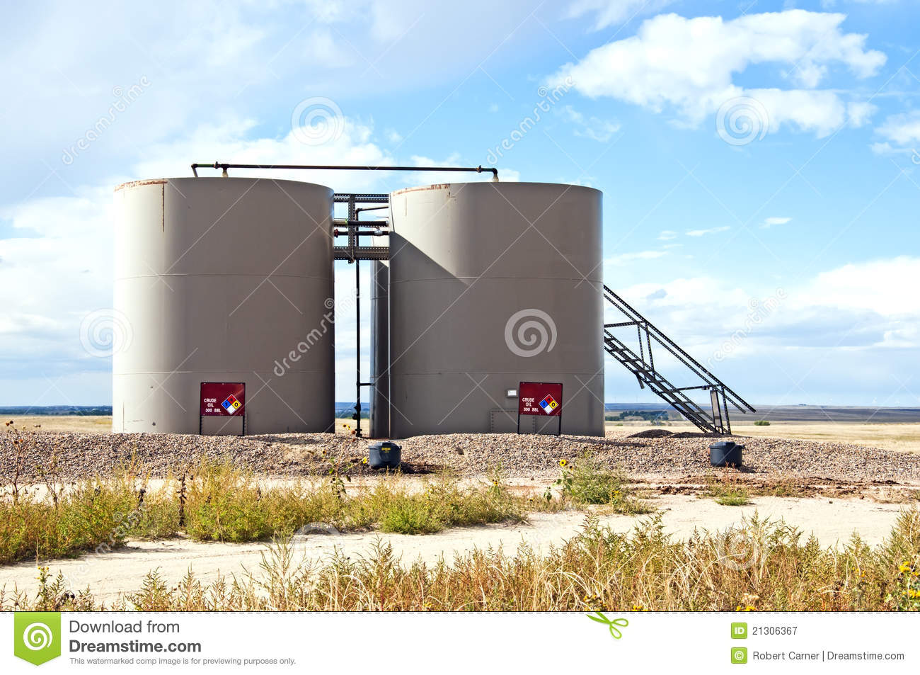 Storage Tanks For Crude Oil Royalty Free Stock Photography