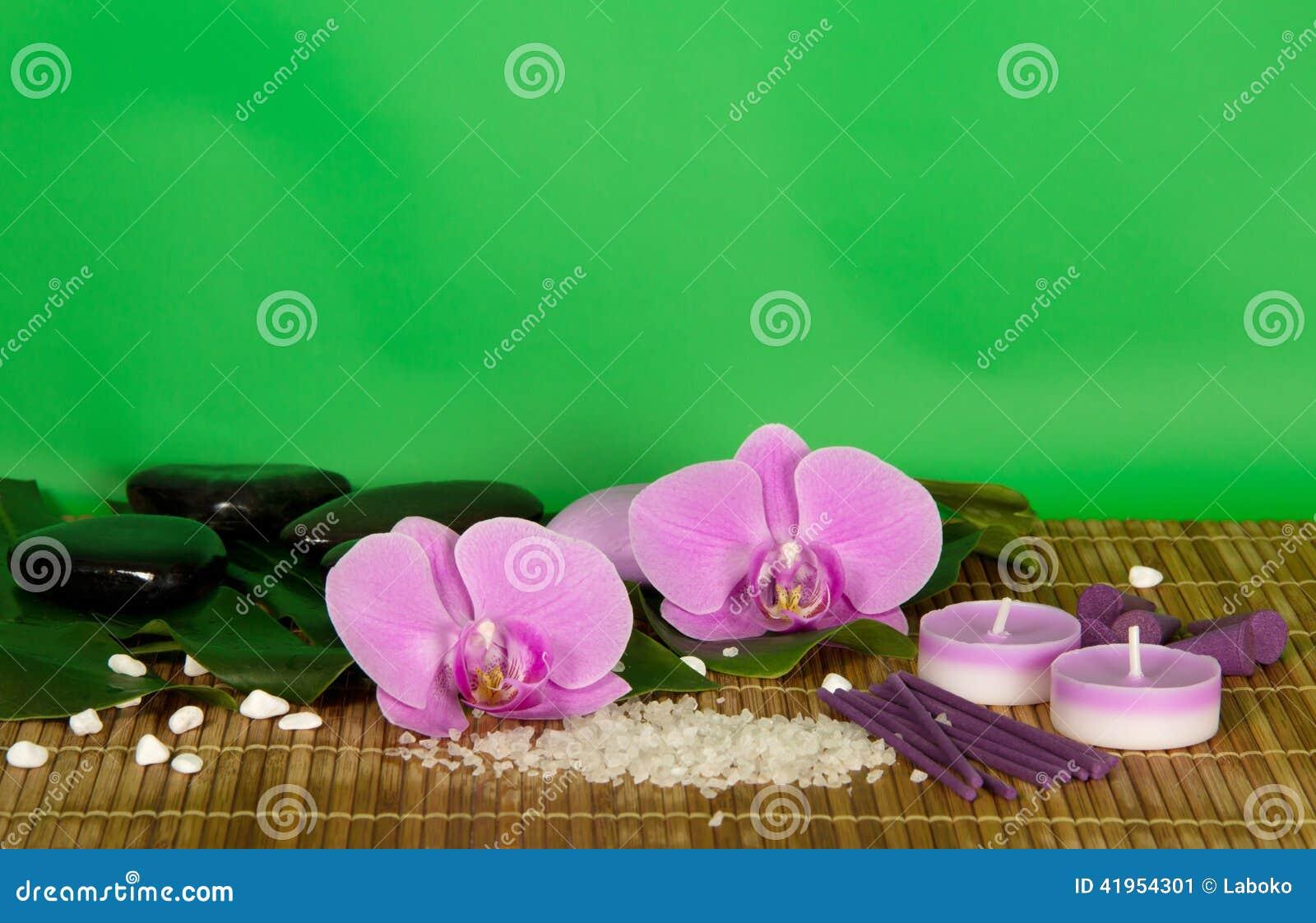 Storczykowi kwiaty, set dla zdroju na bambusowym płótnie