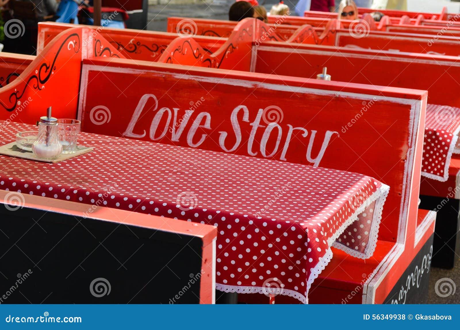 Storia di amore dell interno di Caffe