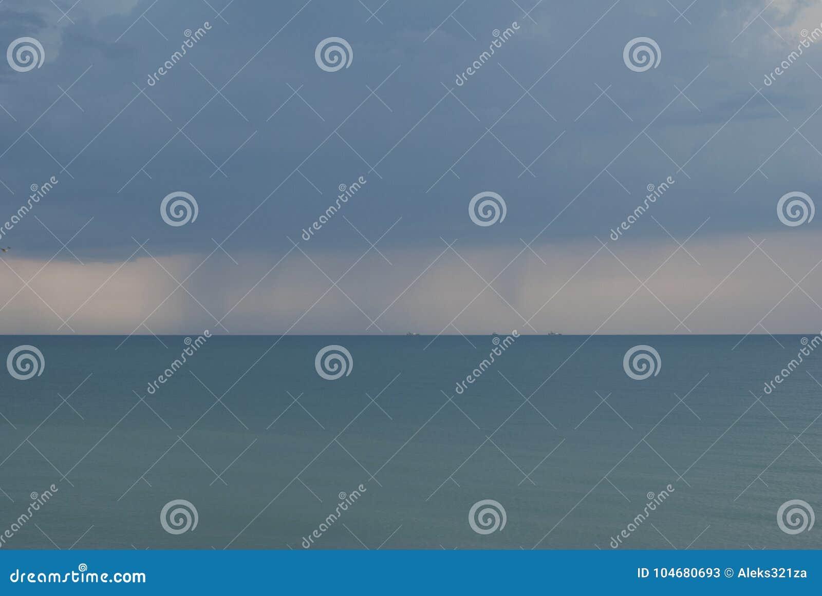 Storm Bateaux sur l horizon