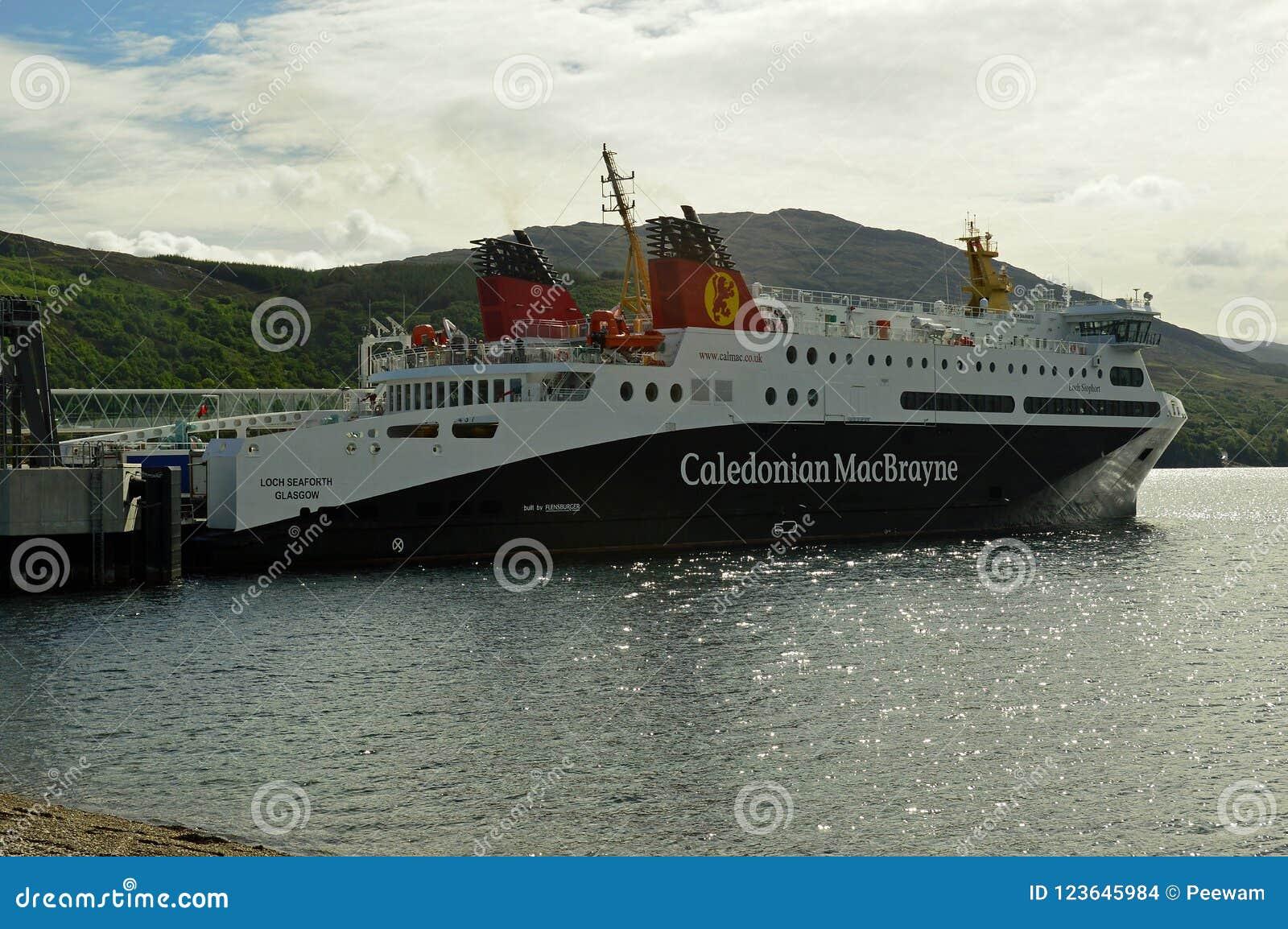 Stornaway al transbordador Escocia, Reino Unido, Europa de Ullapool
