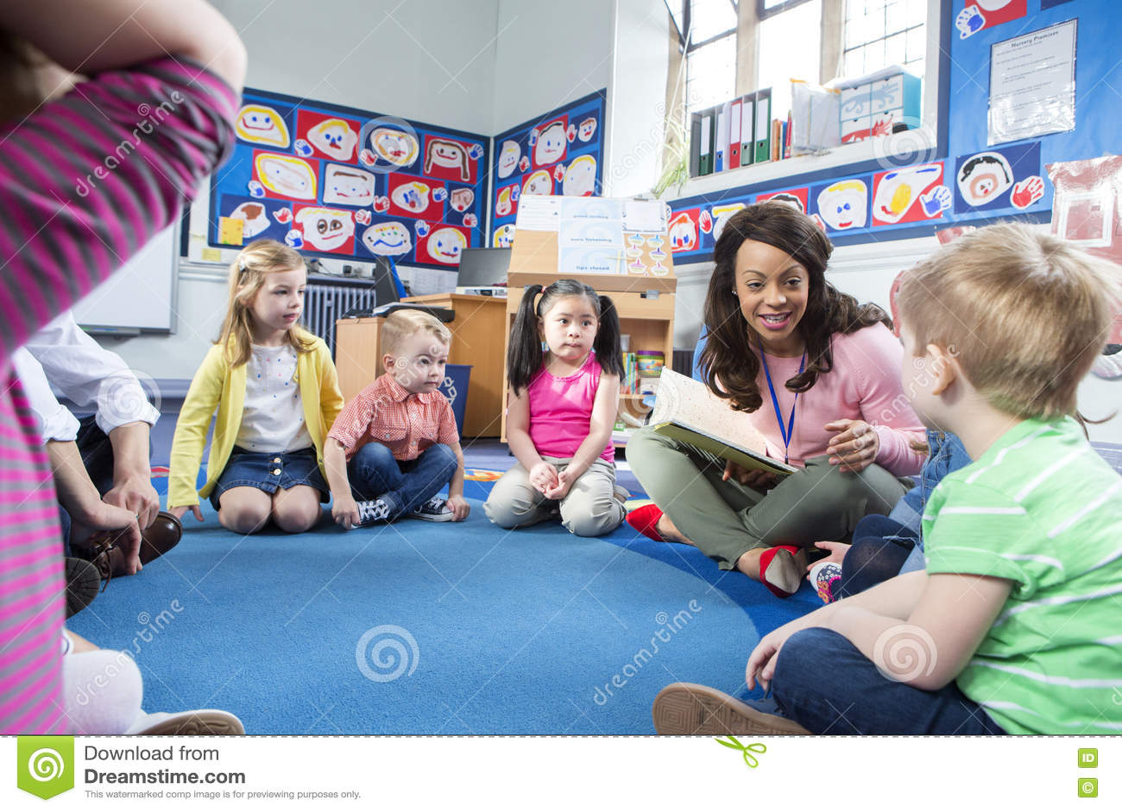 Storytime alla scuola materna