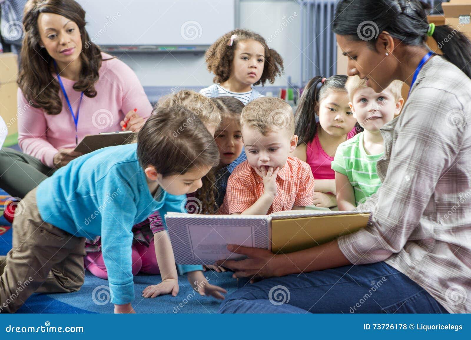 Storytime på barnkammaren