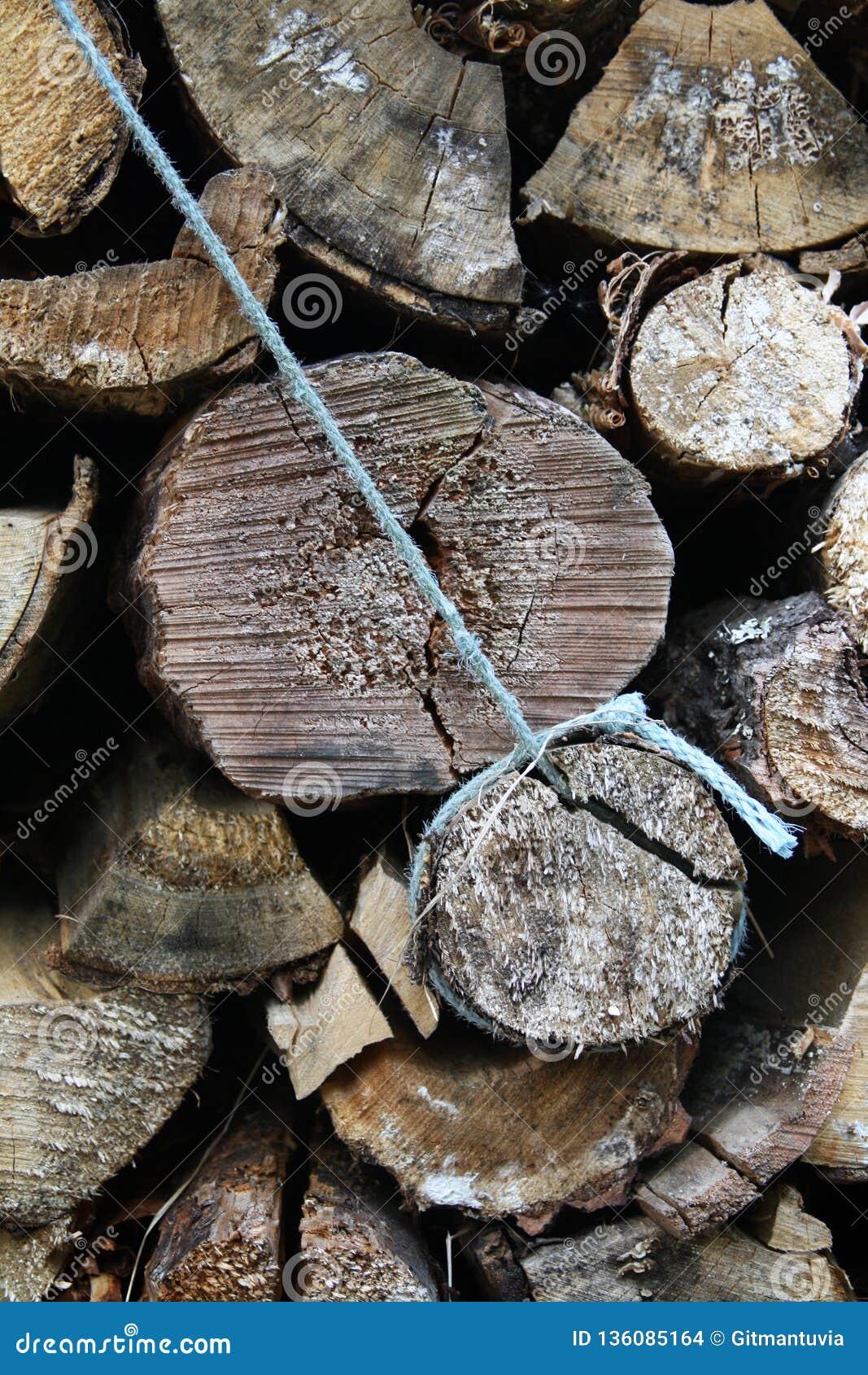 Stos drewniane bele finland Lapland