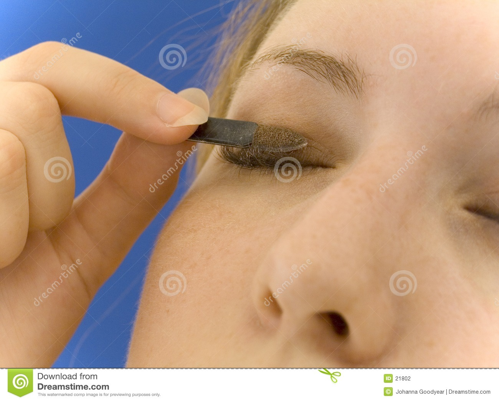 Stosowanie eyeshadow