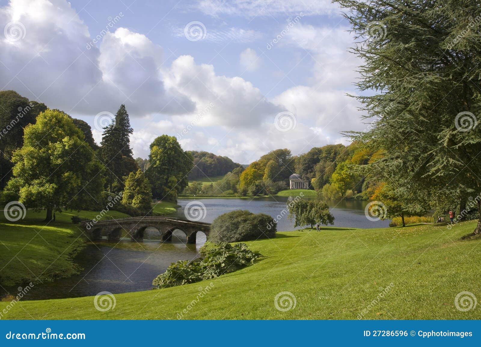 Stourhead trädgårdar