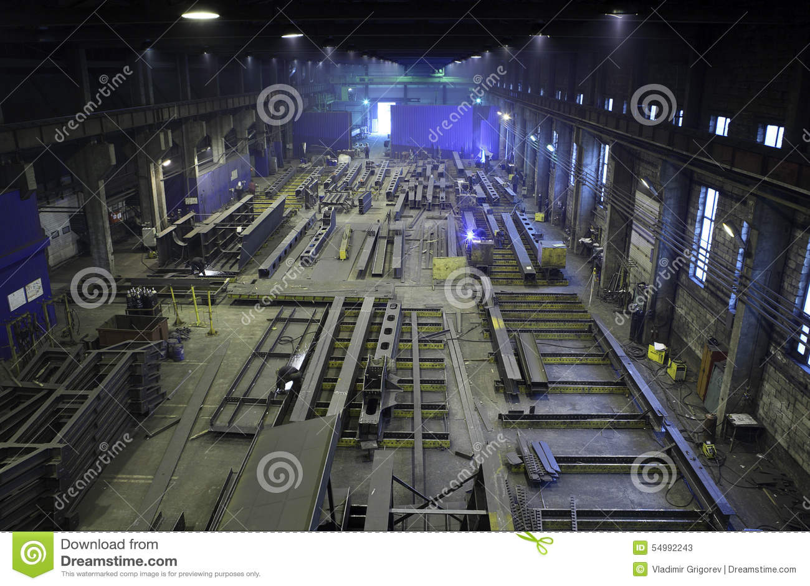 Strålar för produktionstålkonstruktion i växtmetallstrukturer, p