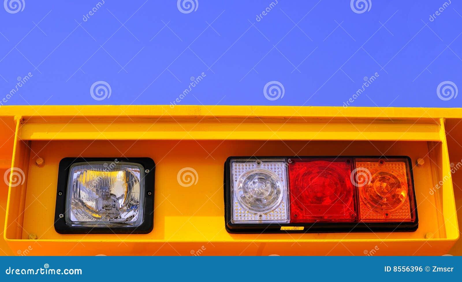 Strålkastare för ljus signalering