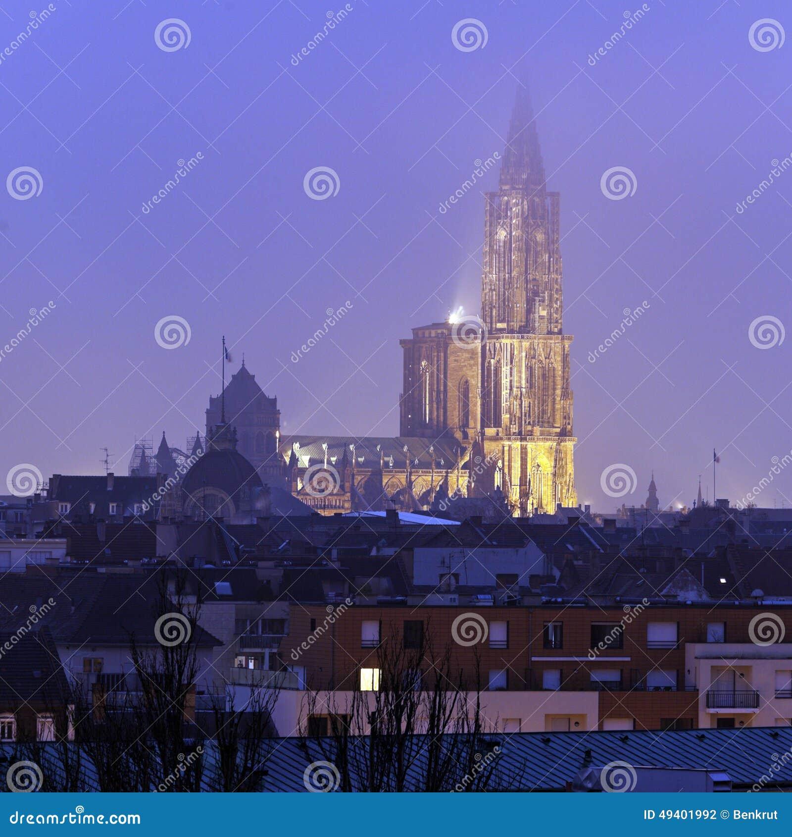 Download Straßburg-Münster stockfoto. Bild von frankreich, haube - 49401992
