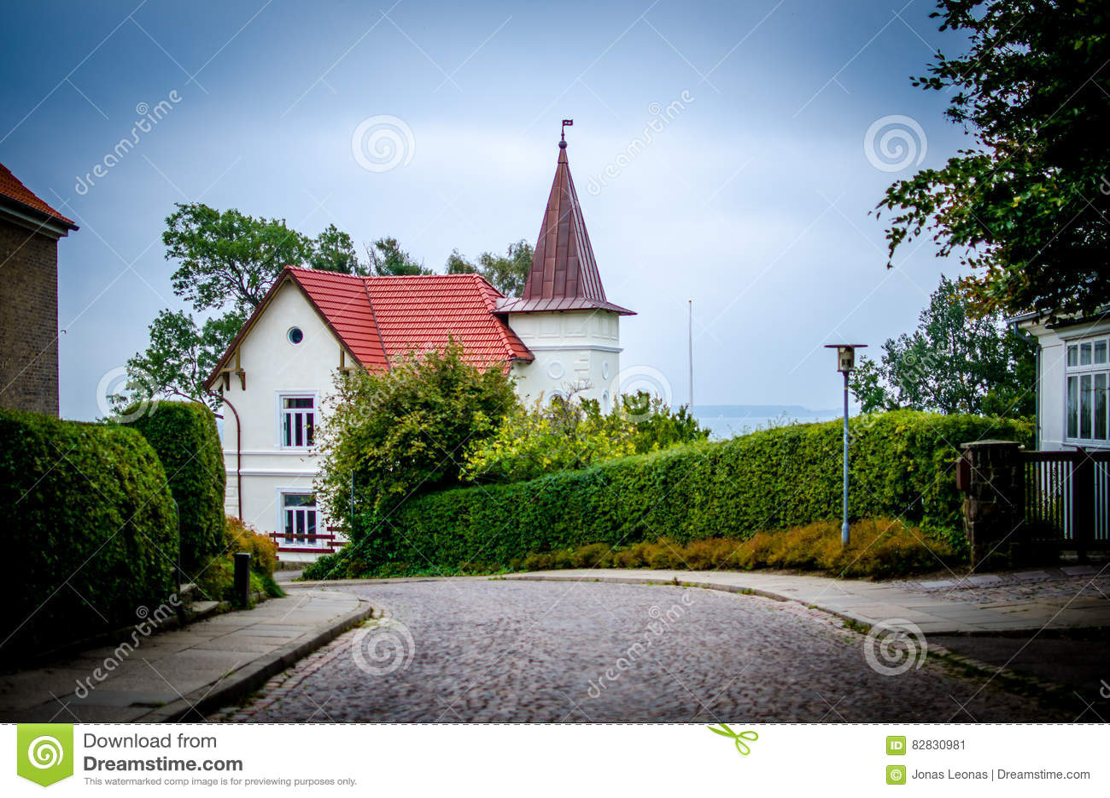 Skandinavisches haus am see  Skandinavisches Haus Am See | loopele.com