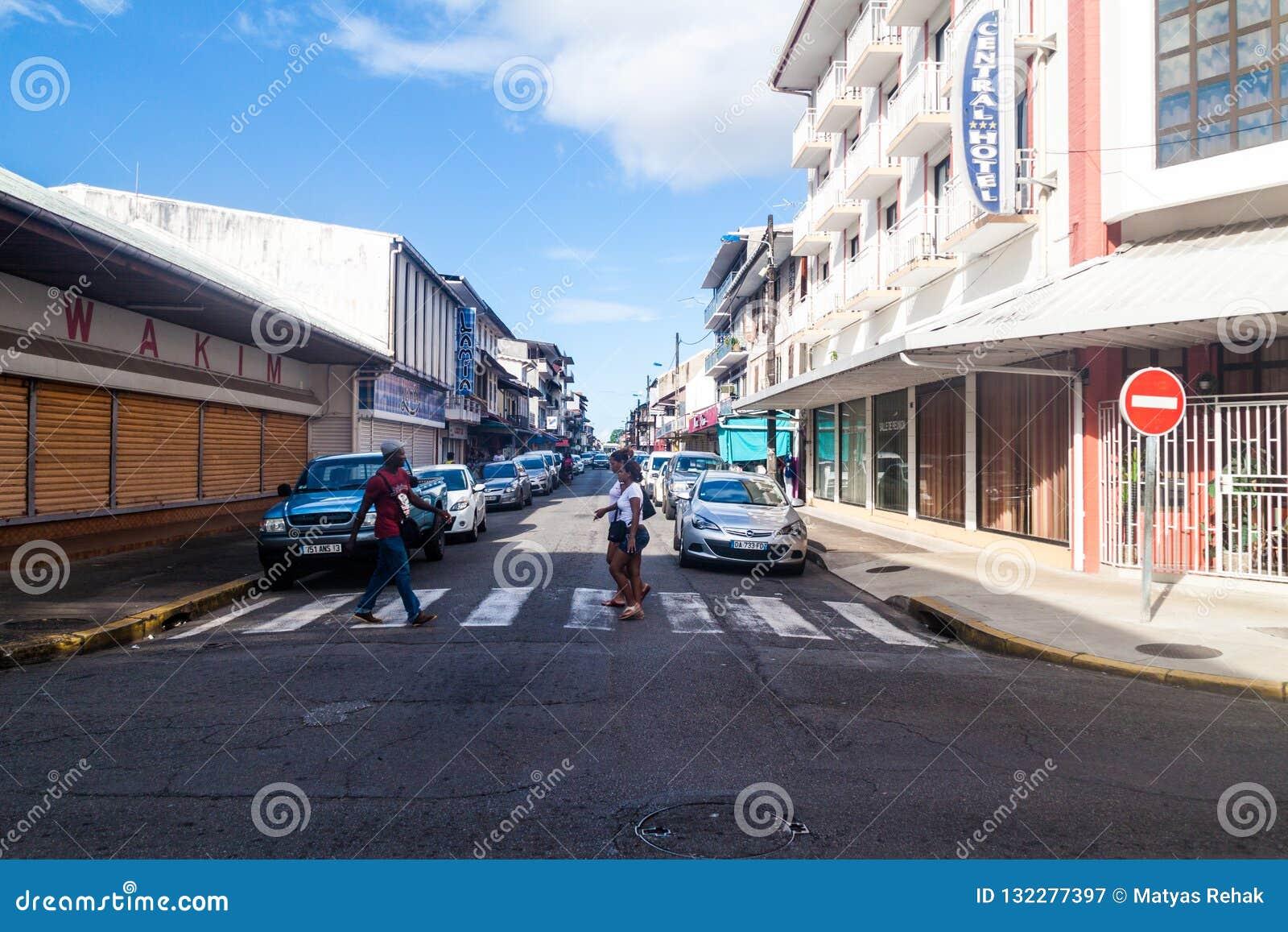 Straße im Mitteod Cayennepfeffer