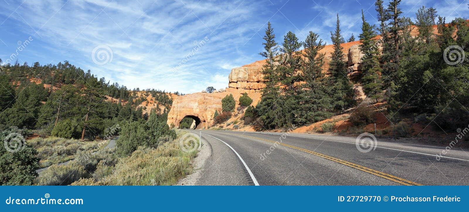 Straße zur Bryce Schlucht, panoramische Ansicht