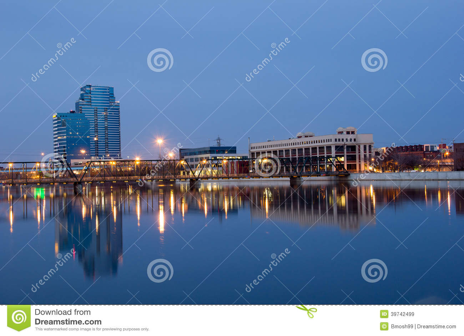 6. Straßenbrücke