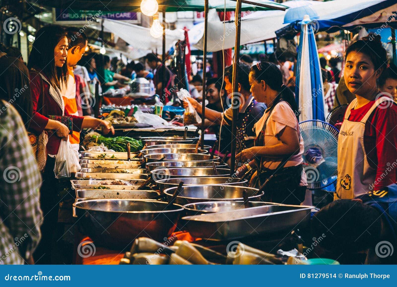 Straßenmarkt in Thailand