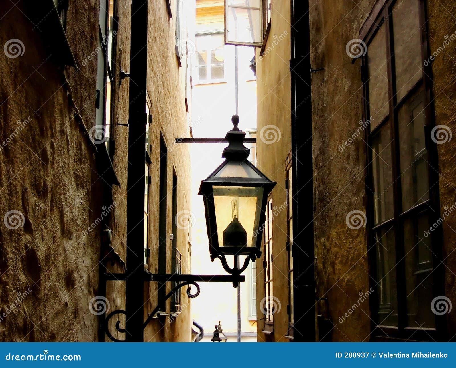 Straat en een lamp
