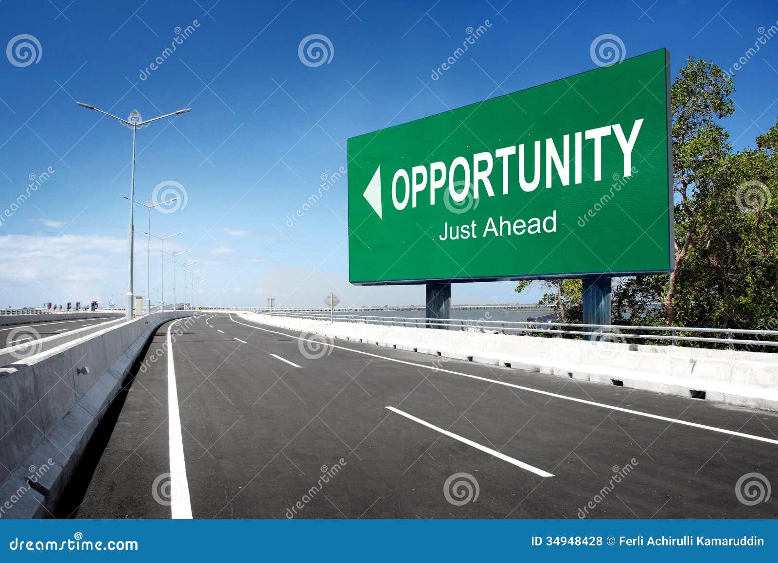 Strada con il segno dell opportunità