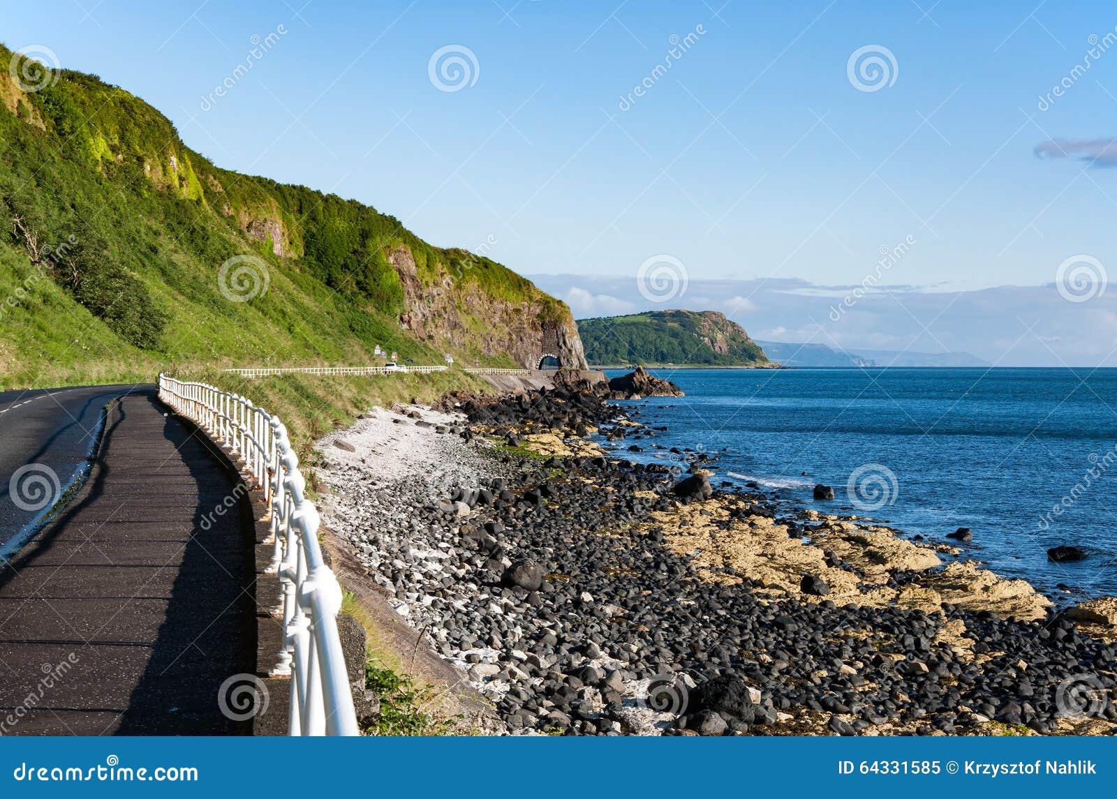 Strada costiera di Antrim in Irlanda del Nord